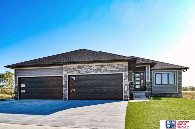 9120 S 32nd Street, Lincoln, NE 68516 (MLS #21924740) :: Lincoln Select Real Estate Group