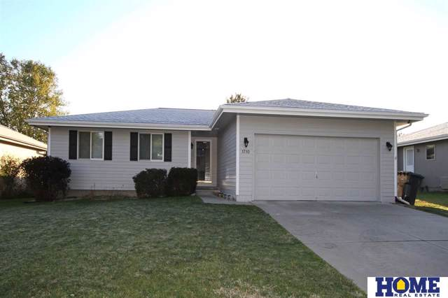 1710 SW 26th Street, Lincoln, NE 68522 (MLS #21924804) :: Lincoln Select Real Estate Group