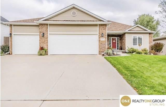 16420 Birch Avenue, Omaha, NE 68136 (MLS #21924820) :: Complete Real Estate Group