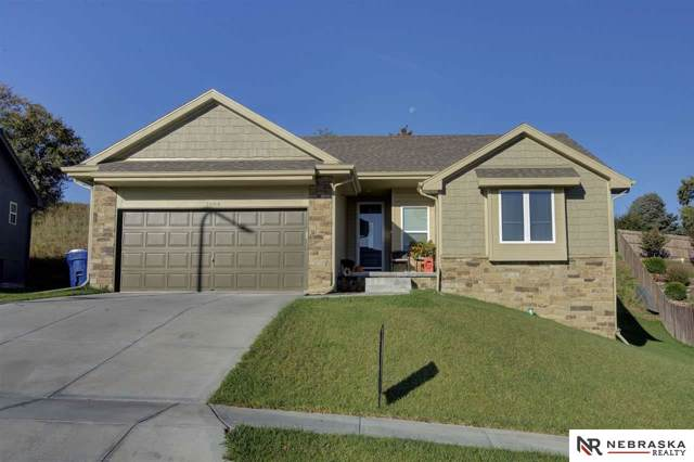 1004 Jacqueline Drive, Papillion, NE 68046 (MLS #21924872) :: Nebraska Home Sales