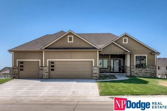 18914 Boyd Street, Elkhorn, NE 68022 (MLS #21924886) :: Dodge County Realty Group