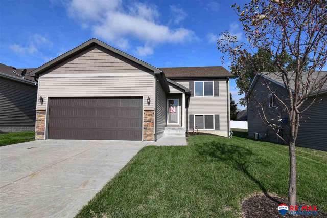 5119 NW Pemberly Lane, Lincoln, NE 68521 (MLS #21924891) :: Omaha's Elite Real Estate Group