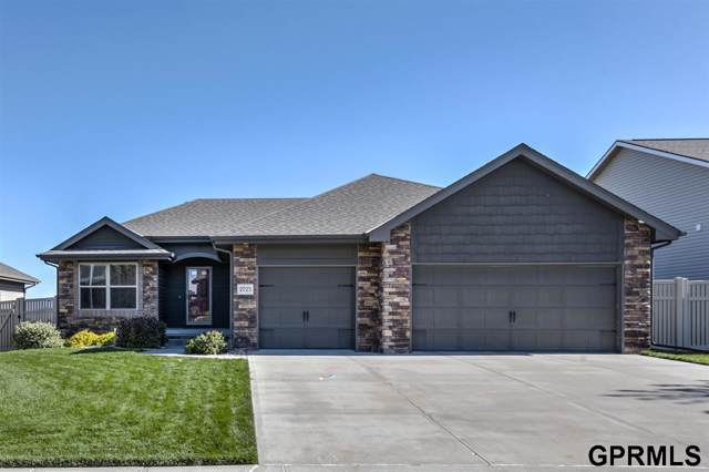 2725 N 191 Street, Elkhorn, NE 68022 (MLS #21924927) :: Lincoln Select Real Estate Group
