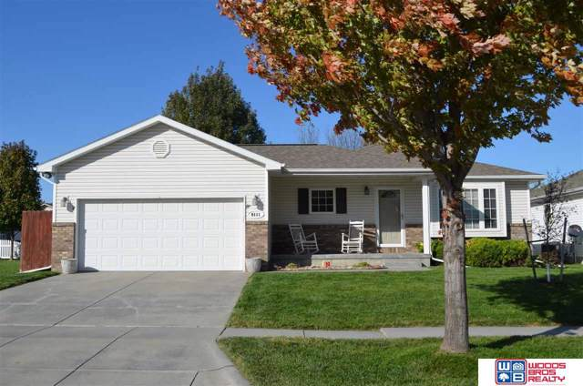 8111 S 20th Street, Lincoln, NE 68512 (MLS #21924952) :: Lincoln Select Real Estate Group