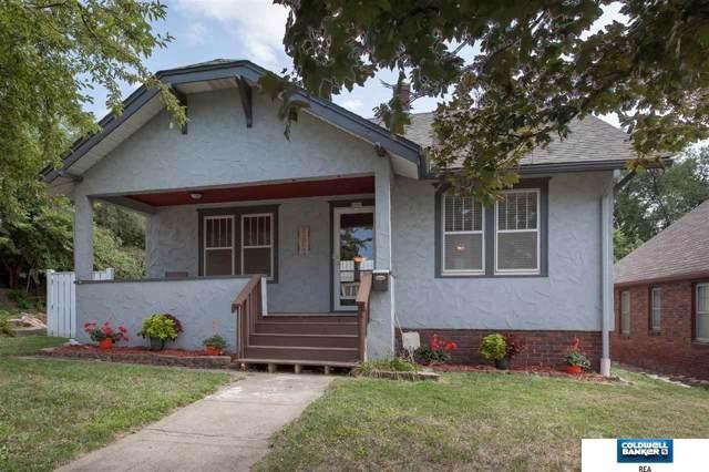 3263 Vinton Street, Omaha, NE 68105 (MLS #21924972) :: Lincoln Select Real Estate Group