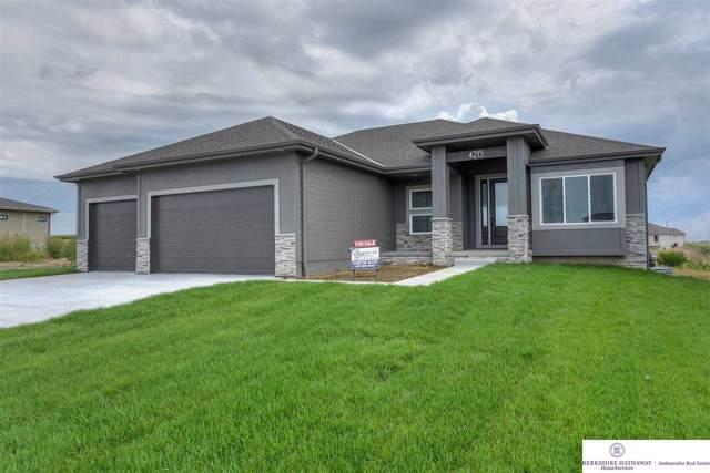 4215 S 218th Avenue, Elkhorn, NE 68022 (MLS #21924983) :: Omaha's Elite Real Estate Group
