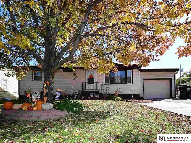 915 Scott Street, Plattsmouth, NE 68048 (MLS #21925015) :: Omaha Real Estate Group