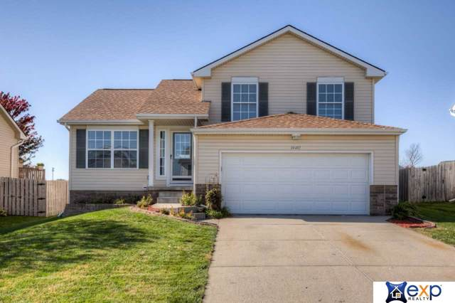 14412 S 27th Street, Bellevue, NE 68123 (MLS #21925023) :: Nebraska Home Sales