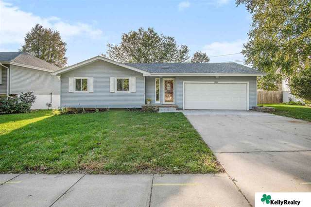 9804 S 24 Street, Bellevue, NE 68123 (MLS #21925029) :: Complete Real Estate Group