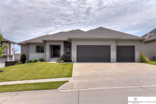923 S 185 Street, Elkhorn, NE 68022 (MLS #21925076) :: Omaha Real Estate Group