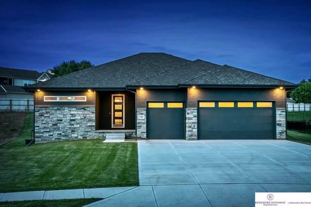 3361 N 164 Street, Omaha, NE 68118 (MLS #21925086) :: One80 Group/Berkshire Hathaway HomeServices Ambassador Real Estate