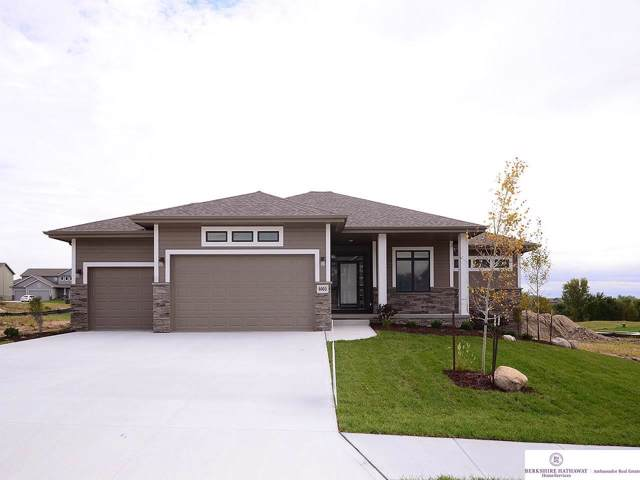 8003 S 196 Street, Omaha, NE 68022 (MLS #21925122) :: Omaha Real Estate Group