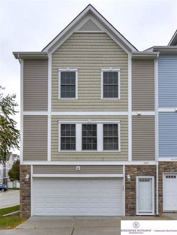 14651 Ames Court, Omaha, NE 68116 (MLS #21925163) :: Complete Real Estate Group