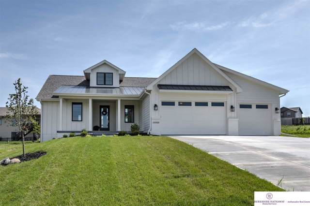 16909 Rachel Snowden Parkway, Bennington, NE 68007 (MLS #21925255) :: Omaha's Elite Real Estate Group