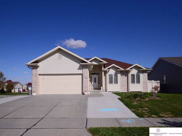1606 Torreys Drive, Lincoln, NE 68521 (MLS #21925363) :: Omaha's Elite Real Estate Group