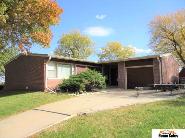 5231 W Superior Street, Lincoln, NE 68524 (MLS #21925388) :: Omaha's Elite Real Estate Group