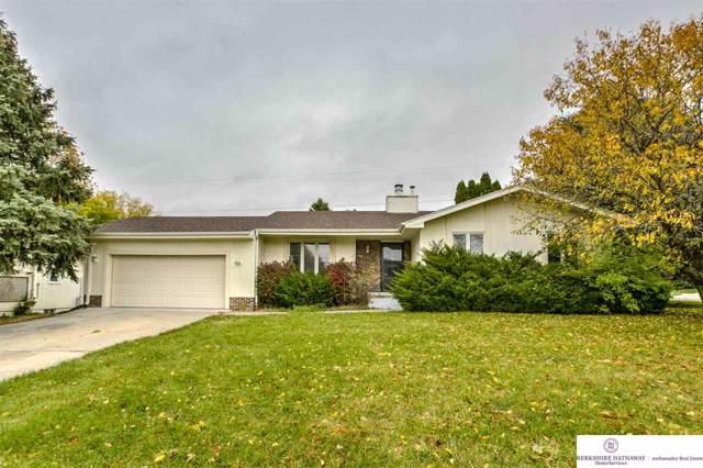 11706 Raleigh Drive, Omaha, NE 68164 (MLS #21925434) :: Omaha's Elite Real Estate Group