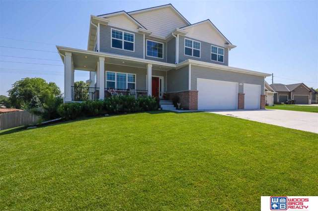 101 Scotts Creek Place, Hickman, NE 68372 (MLS #21925481) :: Lincoln Select Real Estate Group