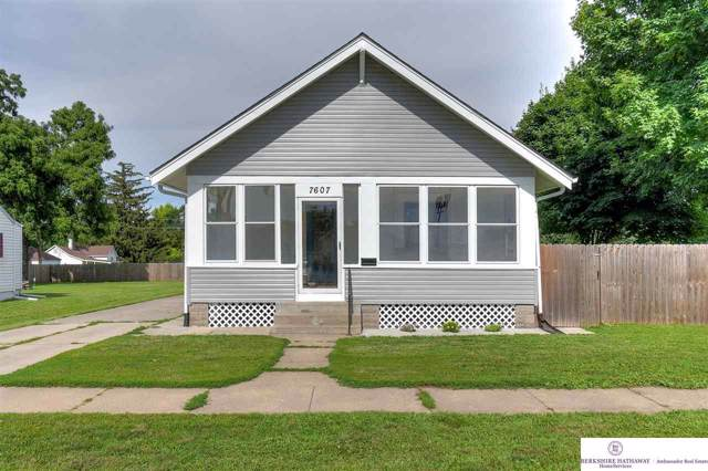 7607 N 29 Street, Omaha, NE 68112 (MLS #21925490) :: One80 Group/Berkshire Hathaway HomeServices Ambassador Real Estate