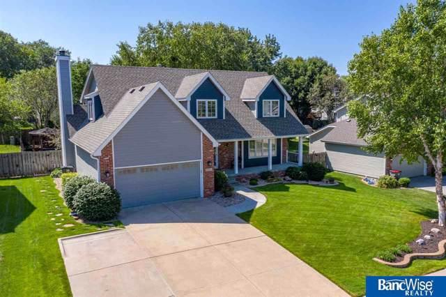 4921 Fir Hollow Lane, Lincoln, NE 68516 (MLS #21925555) :: Omaha's Elite Real Estate Group