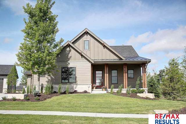 21995 Brookside Avenue, Elkhorn, NE 68022 (MLS #21925600) :: The Briley Team