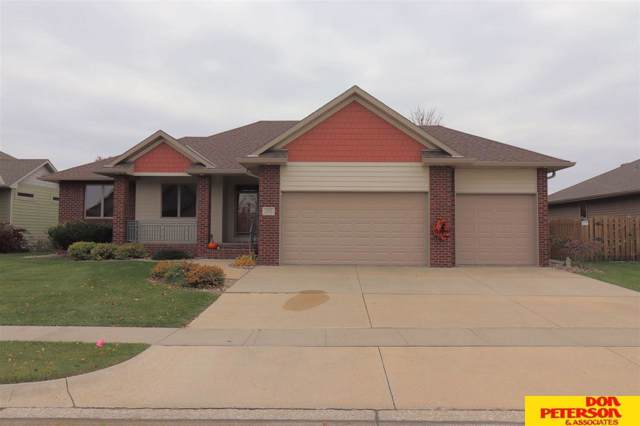 3229 Applewood, Fremont, NE 68025 (MLS #21925691) :: Lincoln Select Real Estate Group