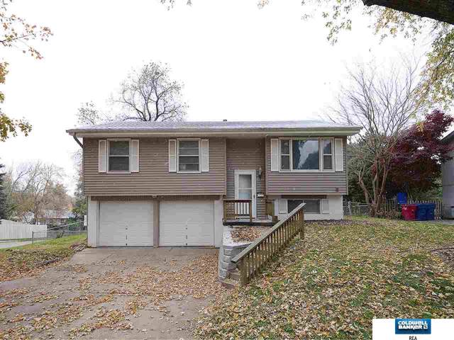 7220 Pine Drive, La Vista, NE 68128 (MLS #21925728) :: Omaha Real Estate Group