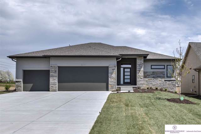 6017 N 168 Avenue, Omaha, NE 68116 (MLS #21925775) :: Nebraska Home Sales