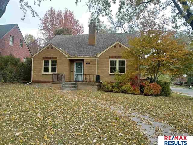 2001 N 56th Street, Omaha, NE 68104 (MLS #21925829) :: One80 Group/Berkshire Hathaway HomeServices Ambassador Real Estate