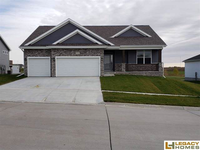 9120 S 74 Street, Lincoln, NE 68516 (MLS #21925921) :: One80 Group/Berkshire Hathaway HomeServices Ambassador Real Estate