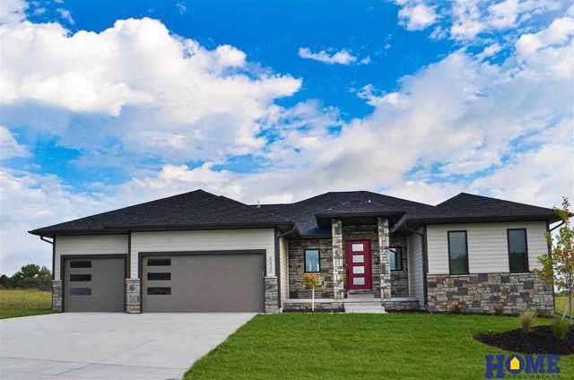 8820 White Horse Way, Lincoln, NE 68520 (MLS #21925953) :: Omaha Real Estate Group