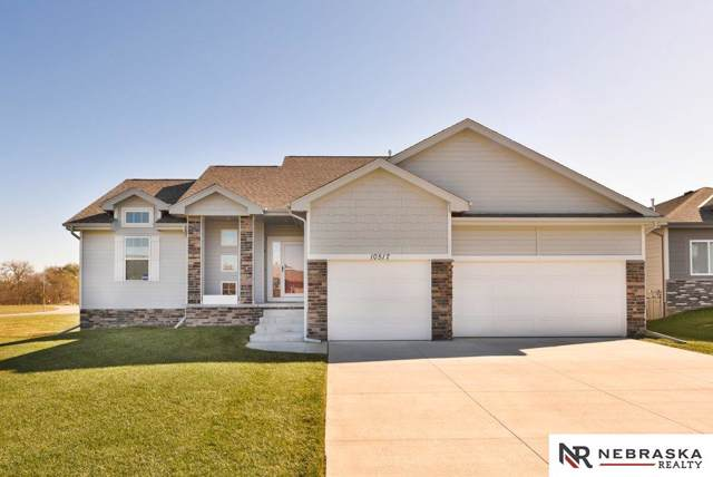 10517 Rosewater Parkway, Bennington, NE 68007 (MLS #21925961) :: The Briley Team