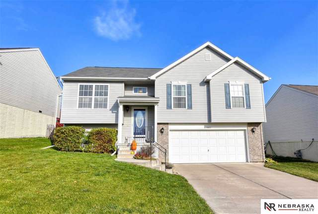 8902 Read, Omaha, NE 68122 (MLS #21926053) :: Complete Real Estate Group
