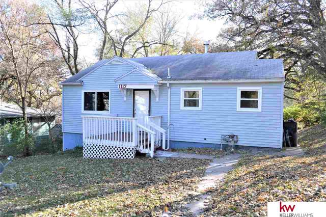 1117 1 Avenue, Plattsmouth, NE 68048 (MLS #21926116) :: The Briley Team