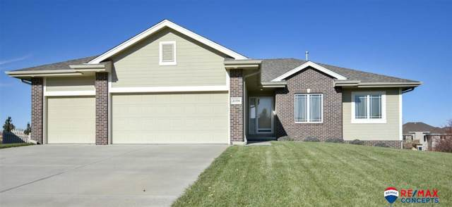 21338 Castlerock Lane, Gretna, NE 68528 (MLS #21926118) :: The Briley Team