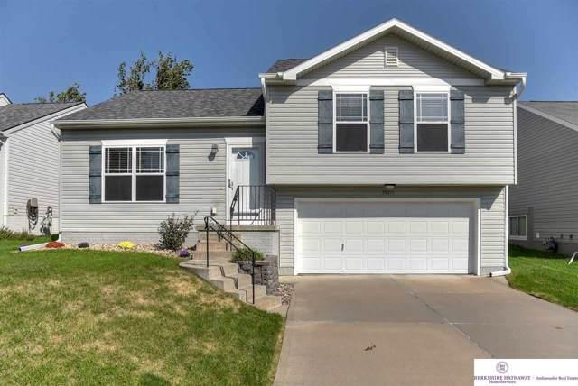 19426 V Street, Omaha, NE 68135 (MLS #21926125) :: Omaha Real Estate Group