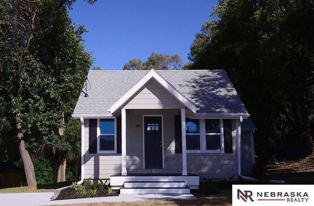 8320 Bedford Avenue, Omaha, NE 68134 (MLS #21926145) :: Omaha's Elite Real Estate Group