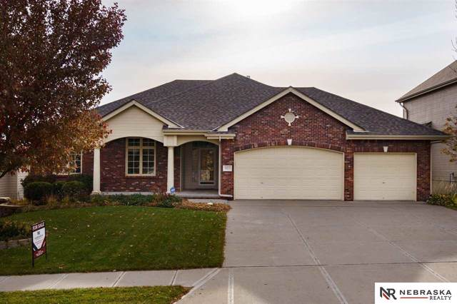 10213 Cimarron Woods Drive, La Vista, NE 68127 (MLS #21926203) :: Five Doors Network
