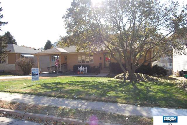 4715 A Street, Omaha, NE 68106 (MLS #21926518) :: Omaha's Elite Real Estate Group