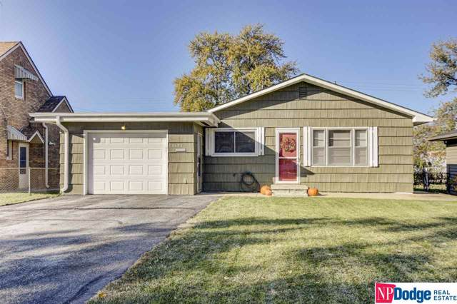2132 S 43rd Street, Omaha, NE 68105 (MLS #21926569) :: Omaha's Elite Real Estate Group