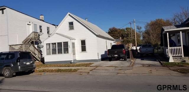 4605 S 33rd Street, Omaha, NE 68107 (MLS #21926631) :: The Briley Team