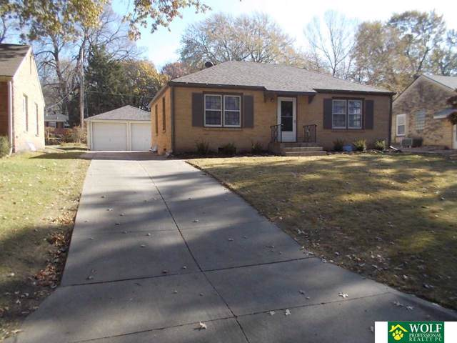 900 S 49Th Street, Lincoln, NE 68510 (MLS #21926642) :: Omaha Real Estate Group