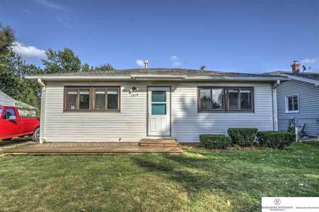 1210 N 54 Street, Lincoln, NE 68504 (MLS #21926666) :: Omaha's Elite Real Estate Group