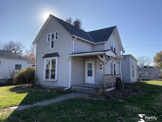 805 6th Avenue, Fairmont, NE 68354 (MLS #21926691) :: Omaha Real Estate Group