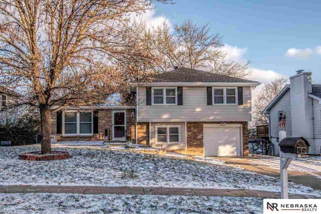 5223 S 104th Avenue Circle, Omaha, NE 68127 (MLS #21926703) :: One80 Group/Berkshire Hathaway HomeServices Ambassador Real Estate