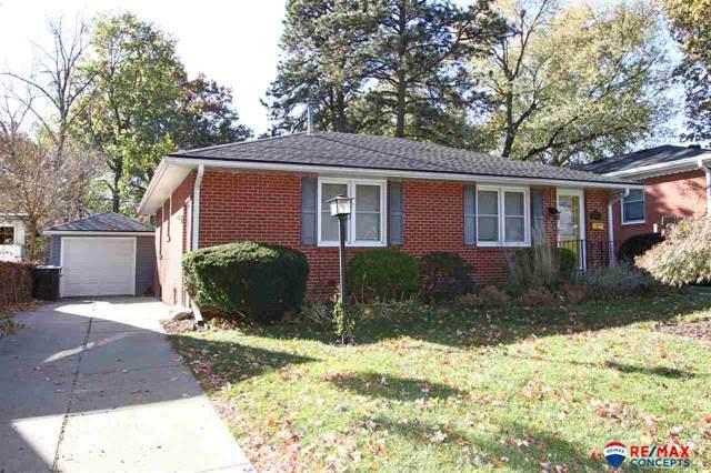 3119 Mayflower Avenue, Lincoln, NE 68502 (MLS #21926760) :: Stuart & Associates Real Estate Group