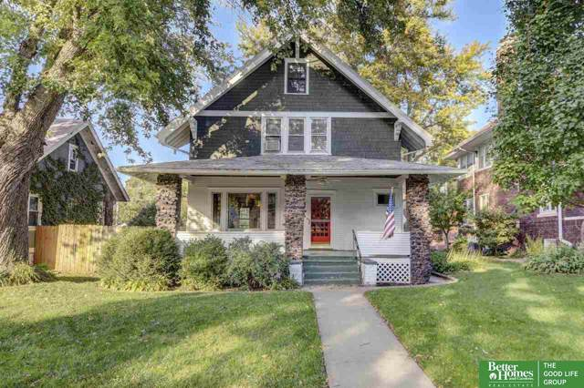 2346 S 32nd Avenue, Omaha, NE 68105 (MLS #21926798) :: One80 Group/Berkshire Hathaway HomeServices Ambassador Real Estate