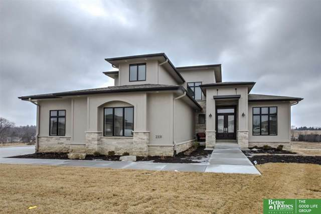2331 S 220th Circle, Elkhorn, NE 68022 (MLS #21926799) :: One80 Group/Berkshire Hathaway HomeServices Ambassador Real Estate