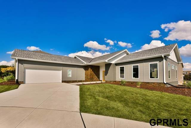 5307 N 151St Circle, Omaha, NE 68116 (MLS #21926817) :: Omaha's Elite Real Estate Group