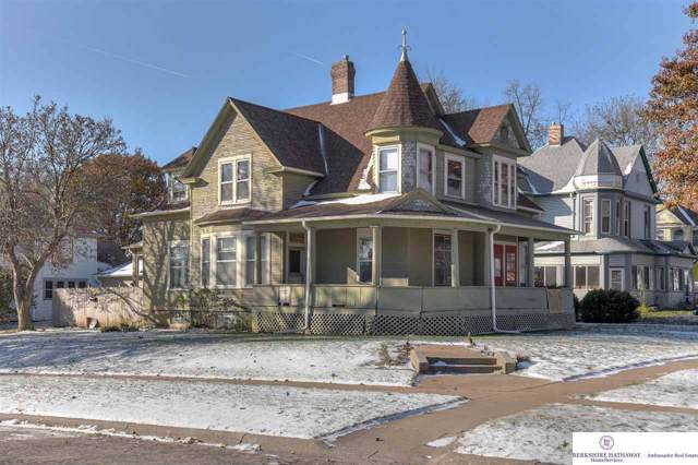 2501 E Street, Omaha, NE 68107 (MLS #21926884) :: One80 Group/Berkshire Hathaway HomeServices Ambassador Real Estate